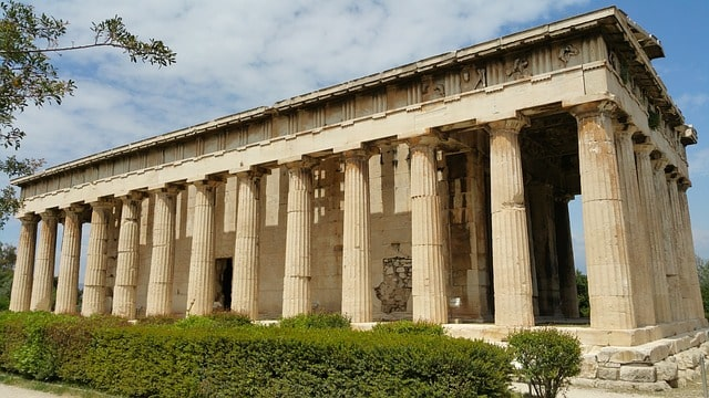 アテネの民会の会場アゴラ